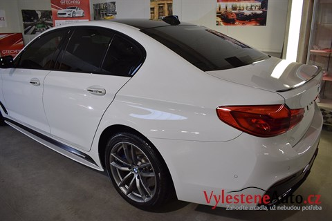 BMW 540i M Performance