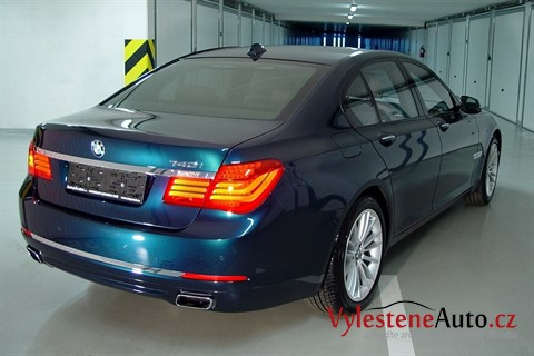 BMW 740i twin turbo