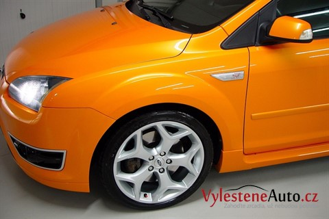 Ford Focus ST - Electric Orange